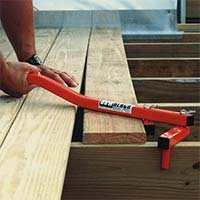 BoWrench Decking Tool straightens warped decking boards.