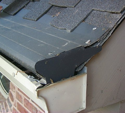 A review of gutter guard systems and screens b4ubuild com for Gutter helmet